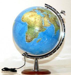 zemljopisni globus drveno postolje