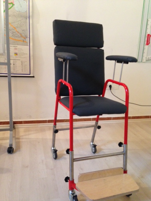 Stolica za djecu s posebnim potrebama